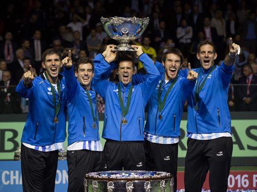 Gracias Equipo Argentino de Copa Davis por llevarnos otra vez a ser protagonistas! Un ejemplo de valores que se transmite en cada cancha y en cada aula de nuestro Profesorado! Vamos ARGENTINA!